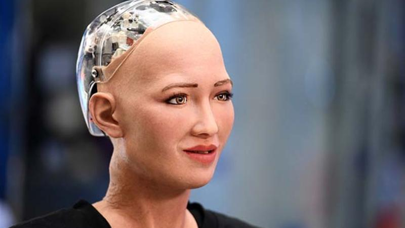 Artificial intelligence Sophia the robot is coming to Azarbaijan