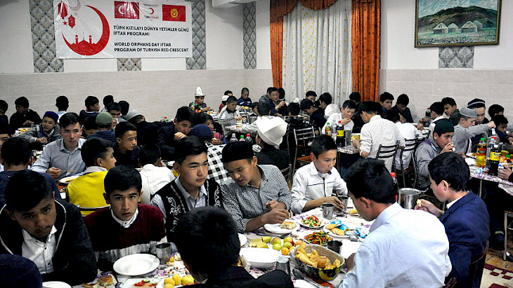 Iftar Meal from the Turkish Red Crescent to Orphans in Kyrgyzstan