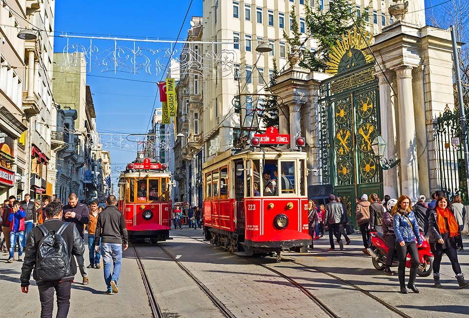 A street that smells like history in Istanbul: Istiklal